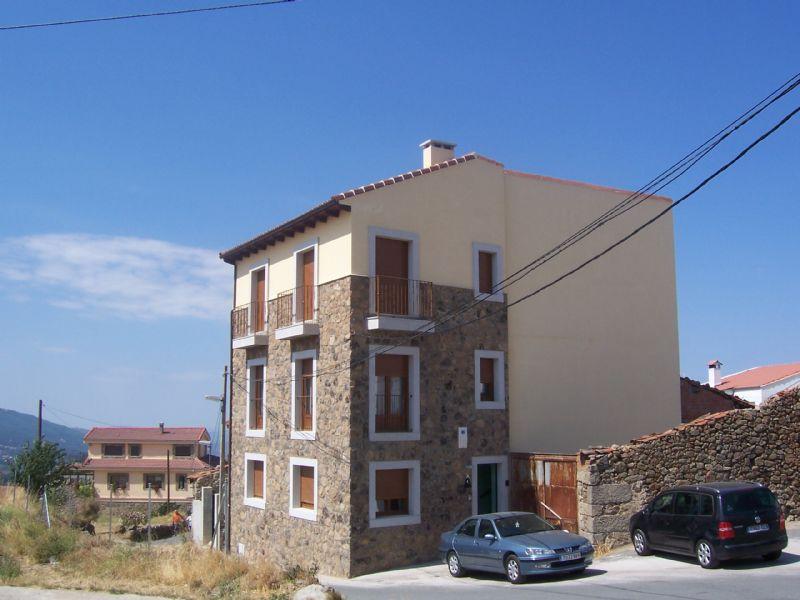 Apartamentos en La Hoya - Turismo Rural y Nieve (La Hoya) / Alojamientos