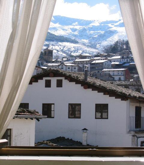 Apartamentos el balc n de la nieve candelario alojamientos - Alojamiento en la nieve ...